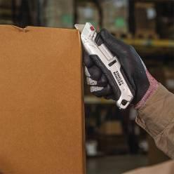 Нож безопасный STANLEY FMHT10367-0 с лезвием для отделочных работ