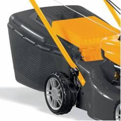 Газонокосилка бензиновая самоходная STIGA Collector46S